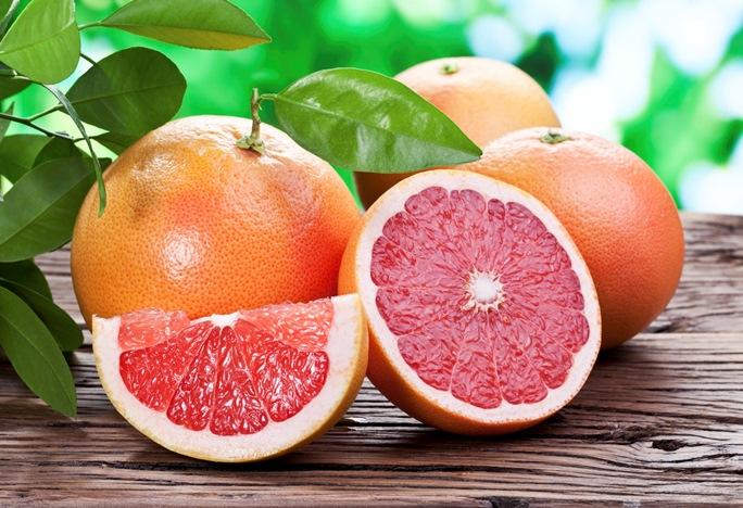 Грейпфрутът – колко е полезен и кога не трябва да го консумираме