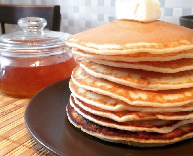 Рецепта за малки кръгли палачинки на сух тиган
