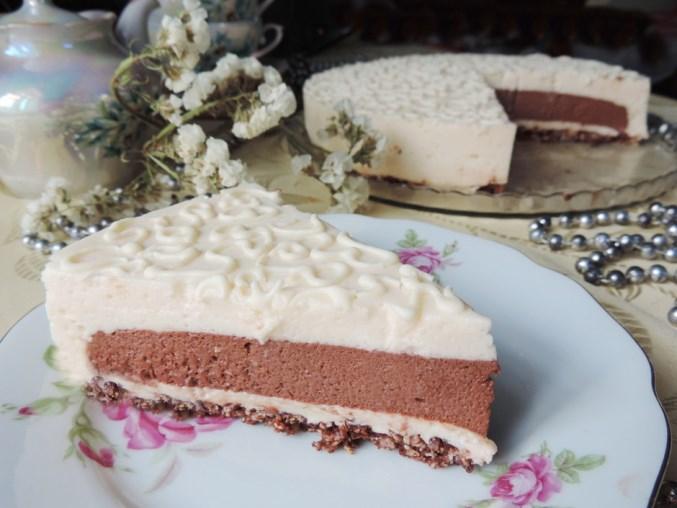 Торта без печене – сладко изкушение подробно със снимки