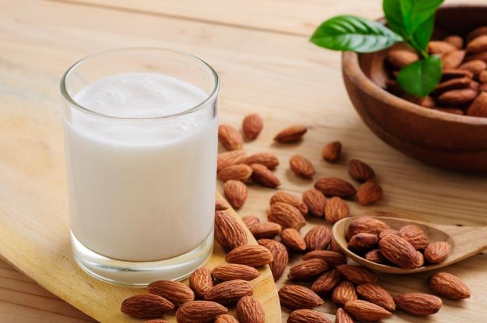 Лесни рецепти за пиене и мазане с ядки – нашите лечебни помощници – за имунитета, при варикоза, ранички по кожата и още…