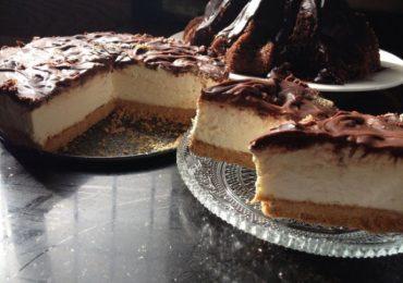 Лесен чийзкейк с шоколад и сметана – бърза закуска за малки и големи лакомници!