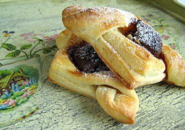 Бутерки с банан и шоколад от фалшиво бутер тесто – лесно се правят и стават много вкусни