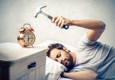 """Тези, които се събуждат рано имат по-щастлив и успешен живот! Вижте отговора на въпроса """"Защо да ставаме рано?"""""""