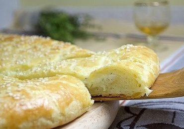 Пита-баница по бърза рецепта – разкошна закуска за нула време – снимки и подробно описание