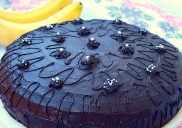 Торта с тъмен шоколад и банани – изключително нежна и вкусна!