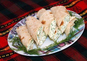 Ролца от извара с чесън и копър – великолепно ястие аламинут