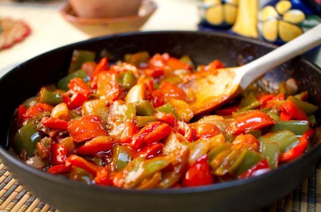 Селска лютика – една по-различна рецепта за националното българско ястие