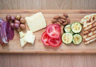Един вид храна трябва да се яде на едно хранене – съветва учителят Дънов и за колко време се смилат различните храни