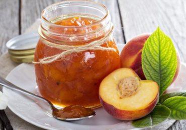 Праскови – три рецепти за конфитюр, сироп и сладко от тези чудесни плодове