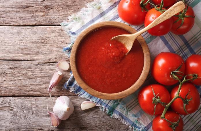 Кетчуп – ето как да използваме зрелите червени домати за чудесен домашен сос с подправки