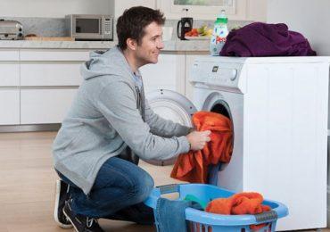 Полезни съвети за варене на царевица, лесно почистване на душ и идеално изпрани дрехи в пералнята