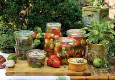 Още сурови туршии – чушки, зелени домати, камби, карфиол – вижте тези чудесни рецепти