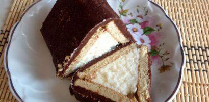 Торта от бисквити и извара във формата на къща – идеален десерт за всеки, който харесва домашни торти
