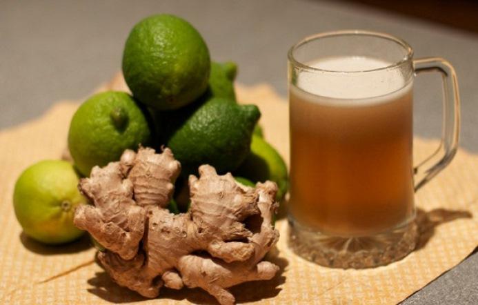 Лаймът помага при проблеми със стомаха – рецепта за чудесна джинджифилова бира с лайм