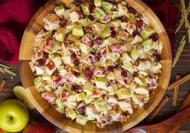 Рецепти за салати – шест идеи, с които да украсите трапезата със сезонни плодове и зеленчуци