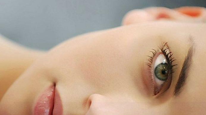 Диагностика по промените в цвета на лицето – челото, бузите, нос, устни и още – вижте кои симптоми за какви заболявания сигнализират