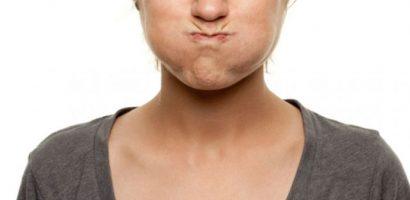 Да изплакнем устата си с олио – евтино и лесно почистване на венците и целия организъм от токсини