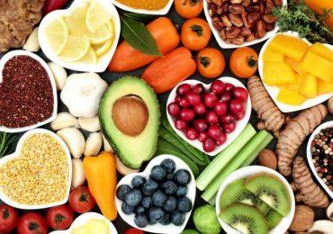 Това са най-опасните заблуди и разпространени митове за здравословното хранене
