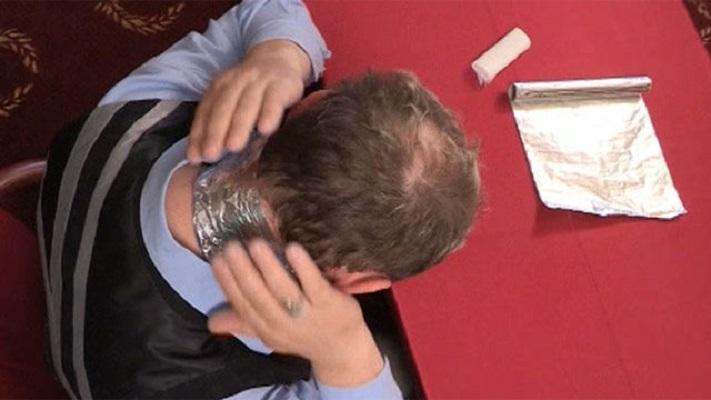 С алуминиевото фолио можете да решите много проблеми