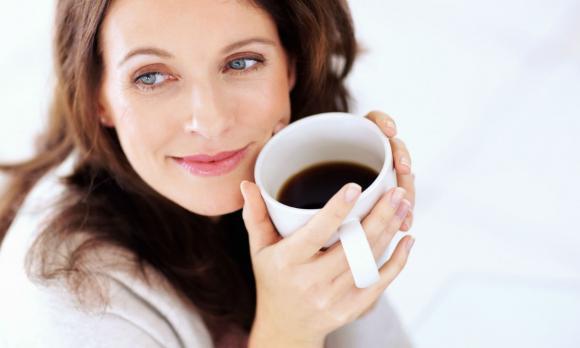 Диетолозите разбиха тотално теорията за сутрешното кафе