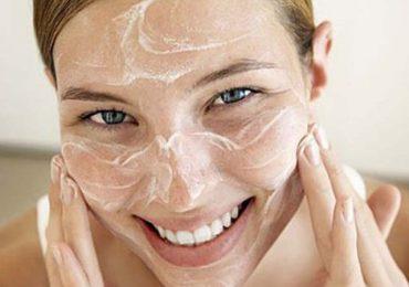 5 доказани маски за изравняване на тена и премахване на старчески петна