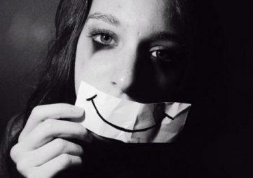 Тези 8 симптома издават, че страдате от скрита депресия (I част)