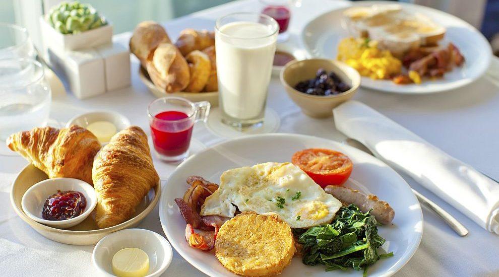 Какво да хапнете, ако сте изпуснали закуската