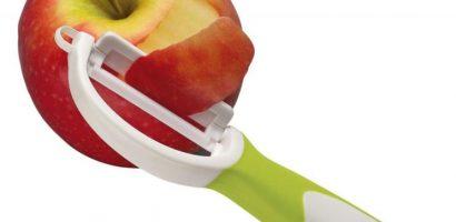 Задължително белете тези плодове и зеленчуци преди консумация!